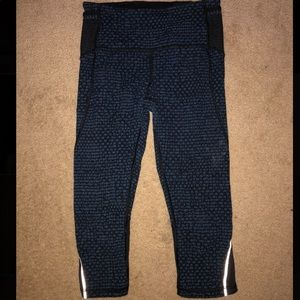 Lululemon Athletica Crop Leggings with Pockets